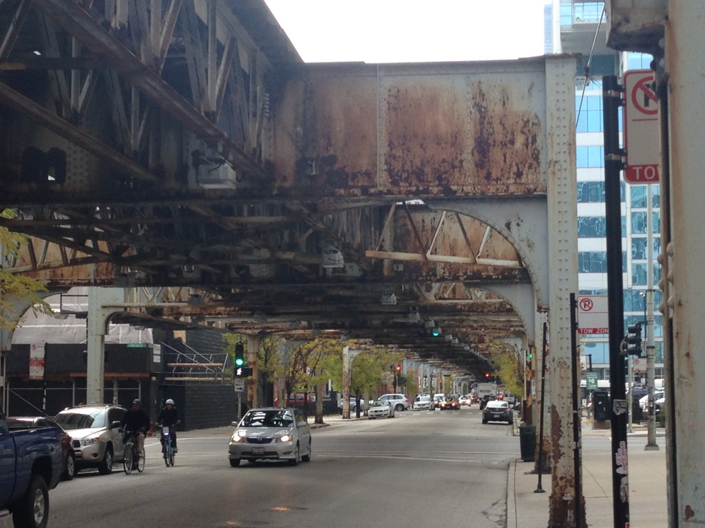 Rusted elevated tracks along Franklin